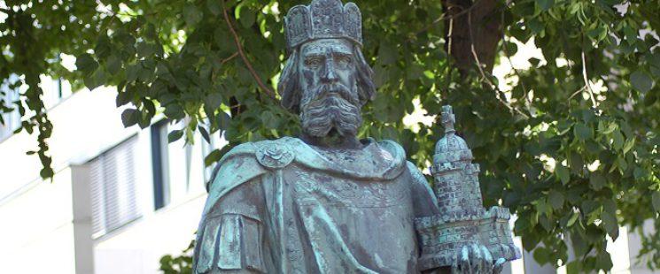 Karl-der-Große-Denkmal in Hamburg