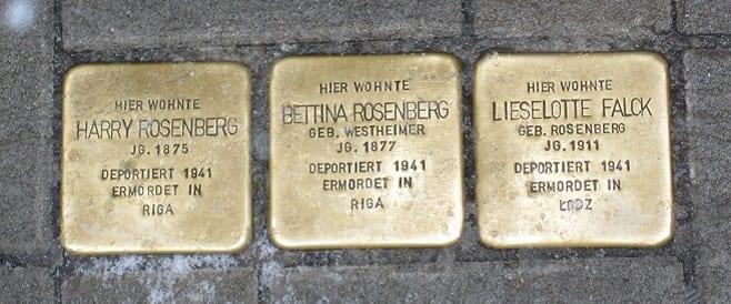Stolpersteine Hamburg - Denkmalplatz von Gunter Demnig