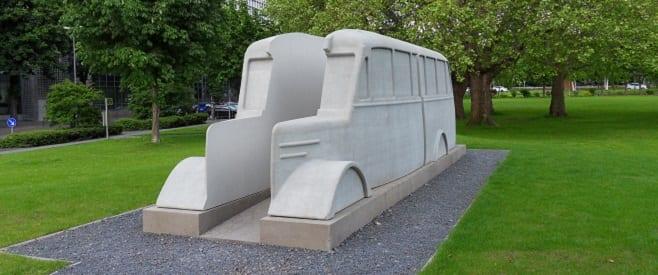 Grauer Bus – Denkmal in Deutz