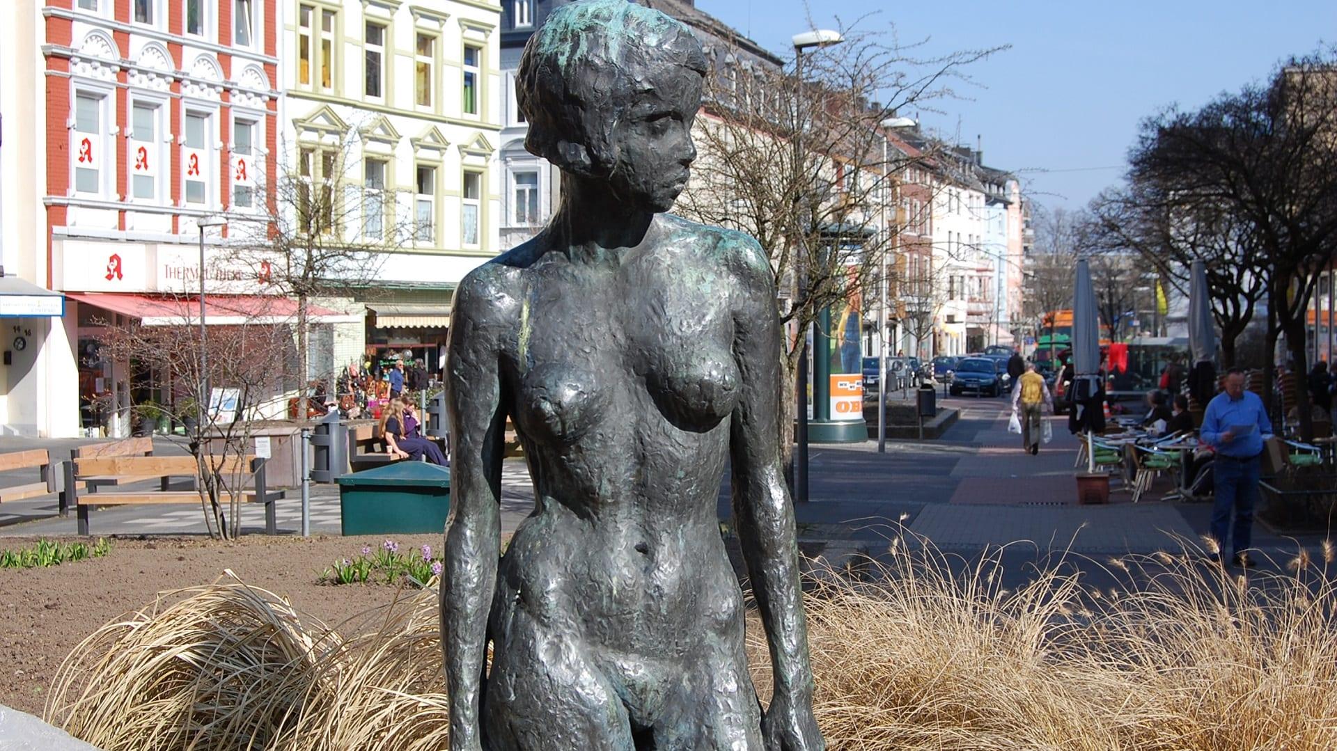 Nackte Frau in Aachen - Burtscheid
