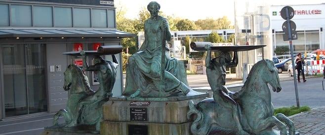 Schifffahrtsbrunnen - Mülheim von Hans Wilhelm Wildermann
