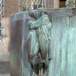 Fastnachtsbrunnen - tanzendes Paar in Köln