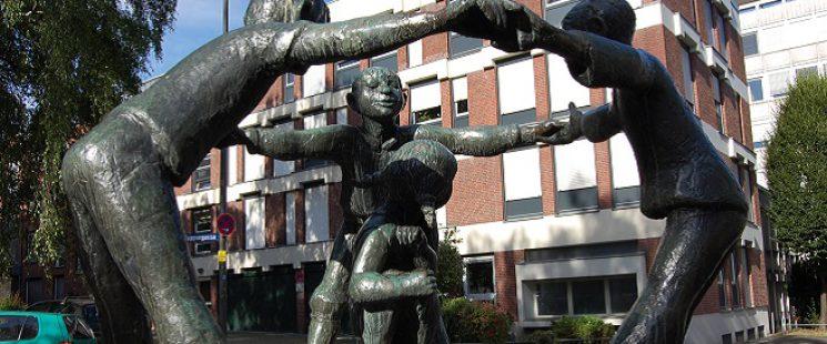 Türelüre Lißje Brunnen in Aachen von Hubert Löneke
