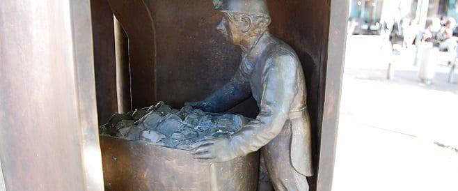 Unter Tage Bergarbeiter-Stele