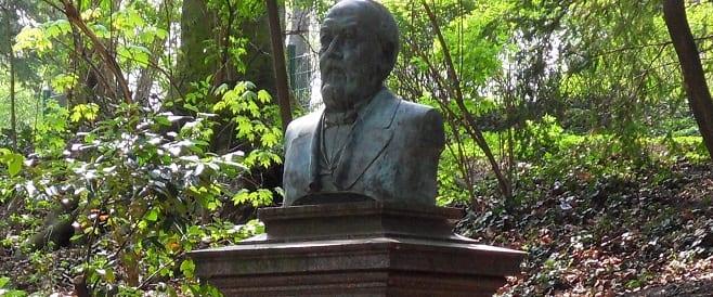 Wilhelm Kaesen von Akos Sziráki