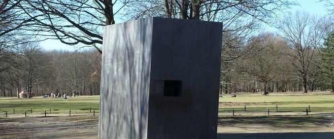Lesben und Schwulen Denkmal in Berlin-Mitte