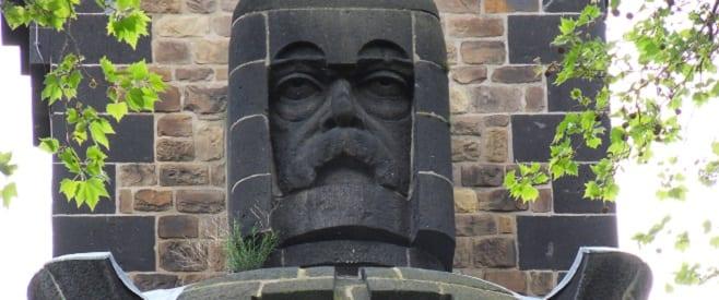 Otto von Bismarck Turm in Köln-Rodenkirchen