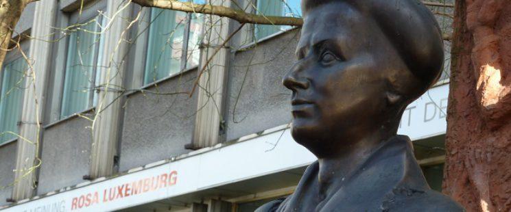 Rosa Luxemburg Bronze von Rolf Biebl
